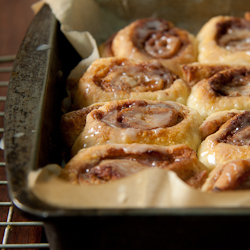 Easy Cinnamon Buns and a giveaway