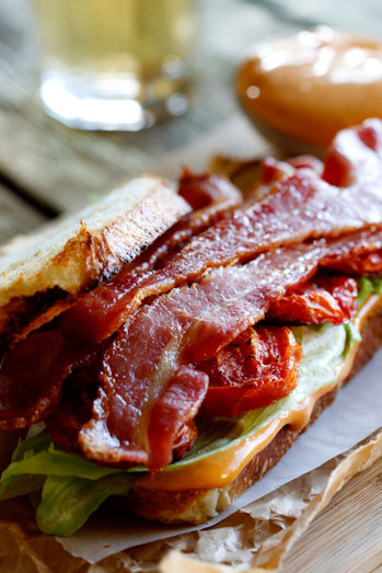 The Ultimate BLT-Sandwich - Simply Delicious