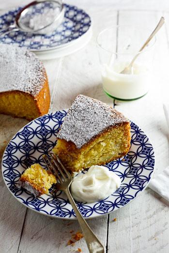 Apple & Polenta Cake