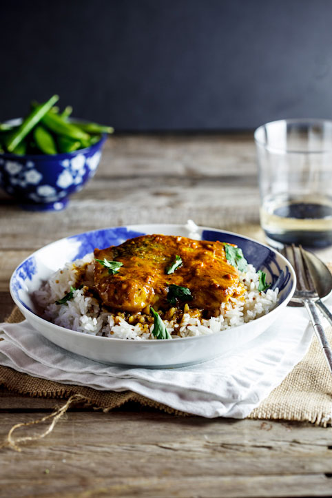 Curried baked hake