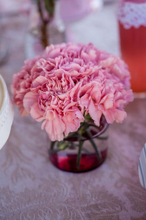 Pink carnation centrepiece