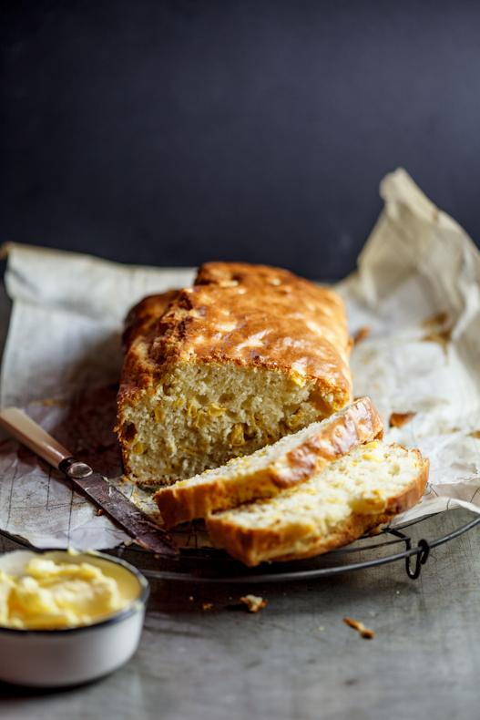 Cheesy corn loaf