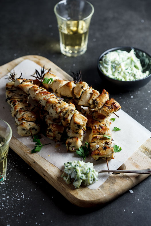 Chicken souvlaki with tzatziki