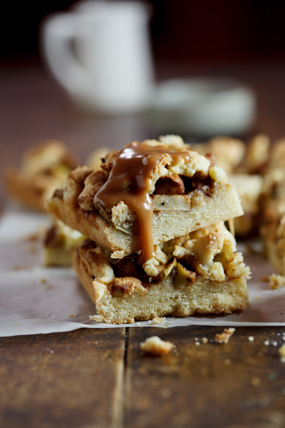Apple crumble bars with salted caramel