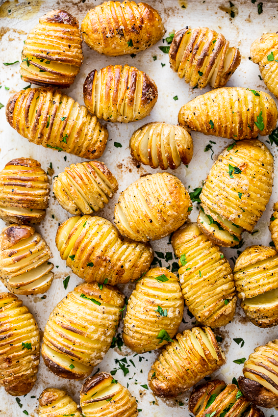 Crispy Mini Hasselback potatoes