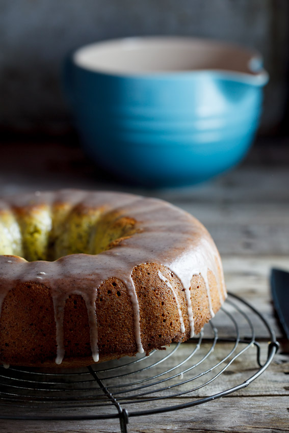 Orange, polenta and poppyseed cake