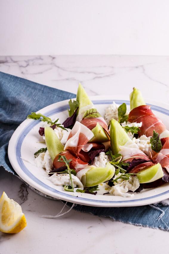 Melon salad with prosciutto and fior di latte