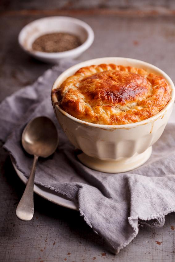 Creamy mushroom pot pie