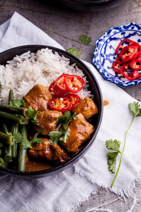 Coconut chicken curry bowls