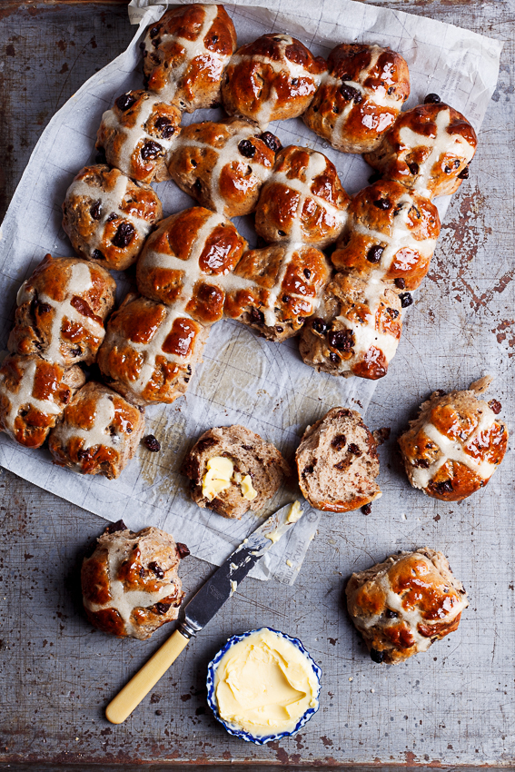 Choc chunk hot cross buns