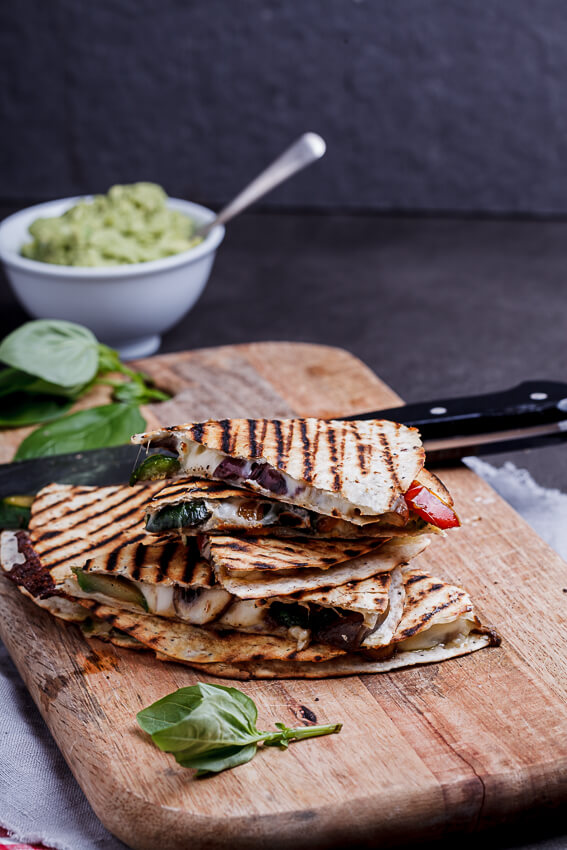 Vegetable-loaded pizza quesadillas