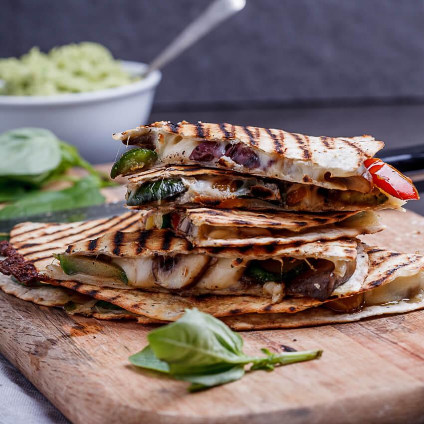 vegetable-loaded pizza quesidillas
