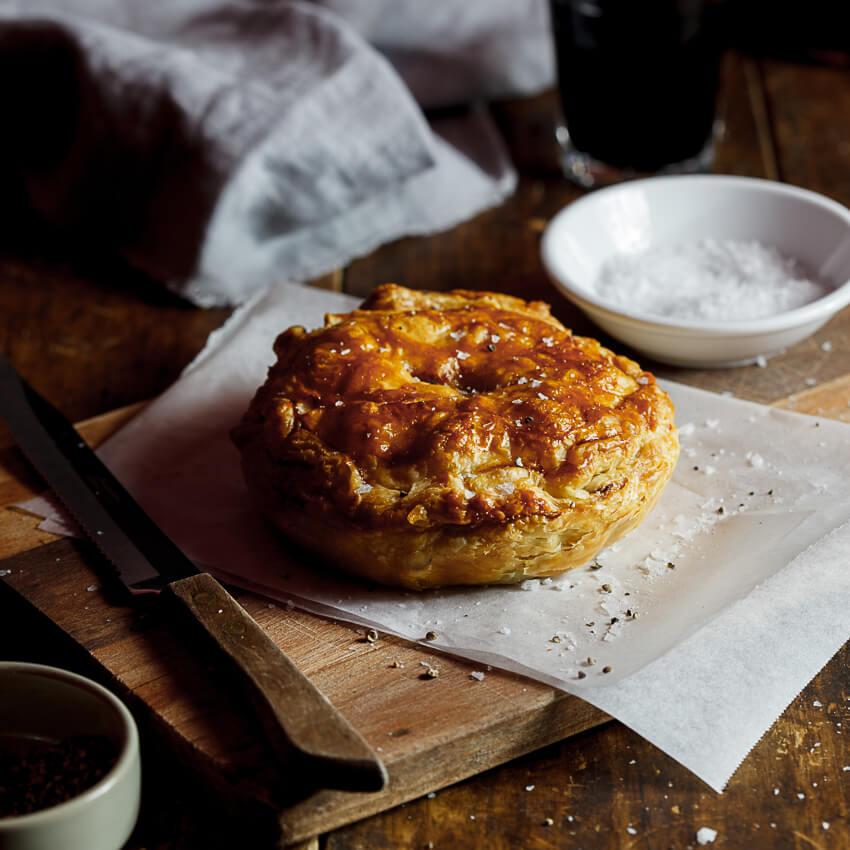 Pepper steak pie - Simply Delicious