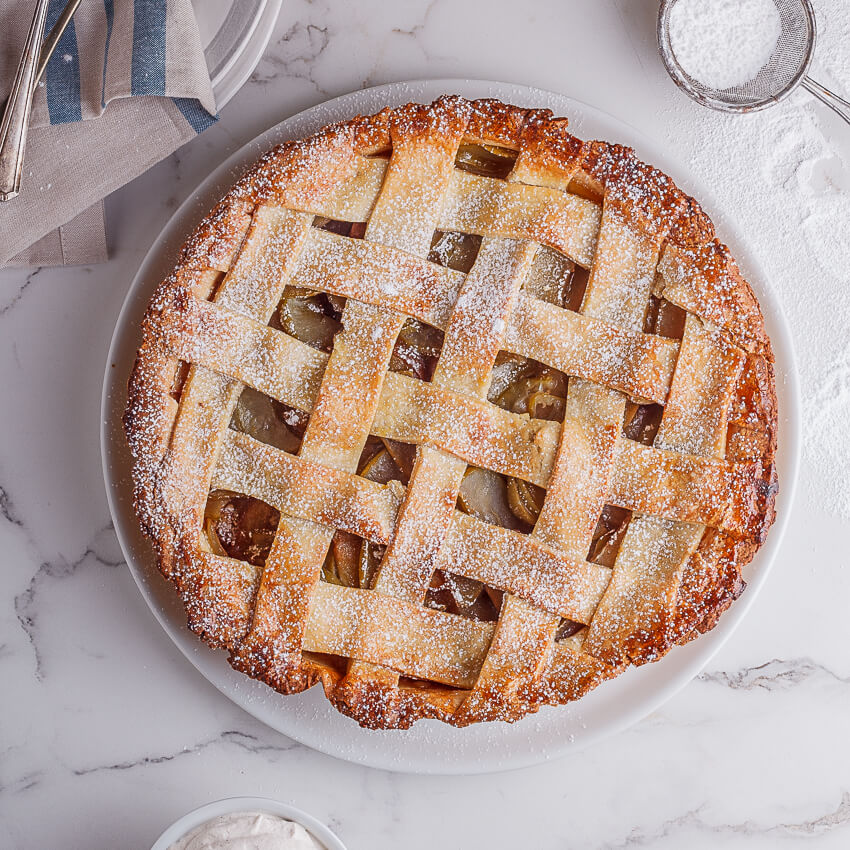 Classic Apple Pie With Cinnamon Cream Simply Delicious
