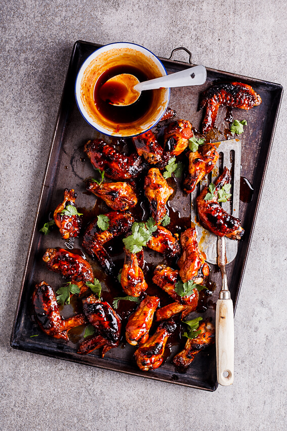 Sriracha-honey chicken wings