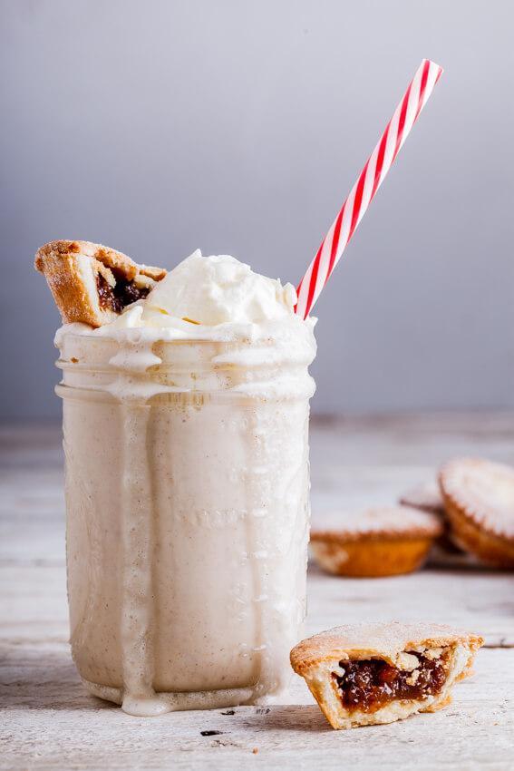 Mince pie milkshake
