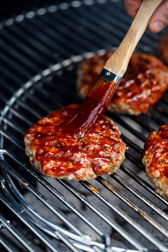 Burgers with bourbon basting sauce