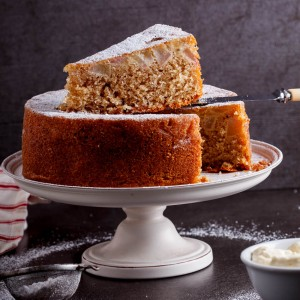 Spiced pear butter cake