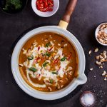 Easy and healthy coconut curry pumpkin soup