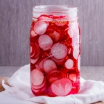 Easy pickled radishes
