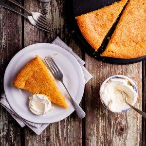 Gluten-free lemon almond polenta cake