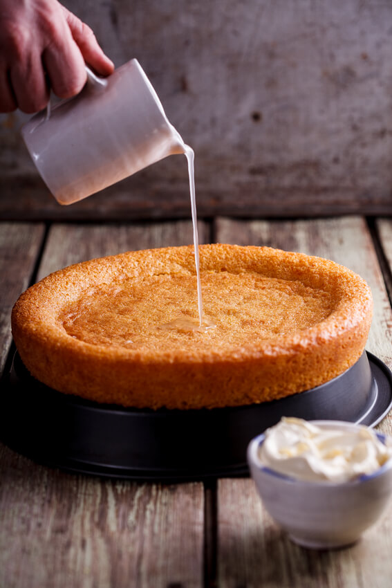 Light Lemon Polenta Cake