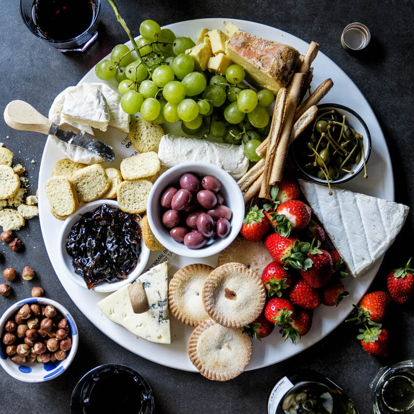 & How to make the ultimate holiday cheese board - Simply Delicious