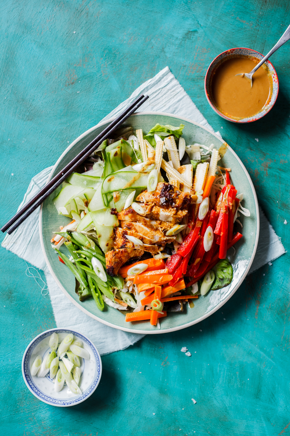Low-carb Chicken satay salad