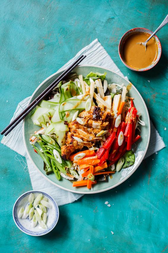 Low-carb Chicken satay salad
