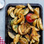 Easy spicy garlic baked potato wedges