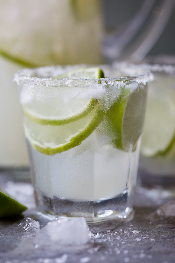 Easy margaritas for a crowd simply delicious easy margaritas forumfinder Images