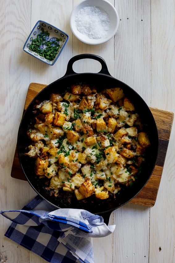 Roasted cheesy breakfast potatoes