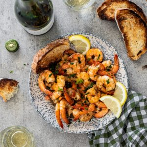 White wine garlic prawns