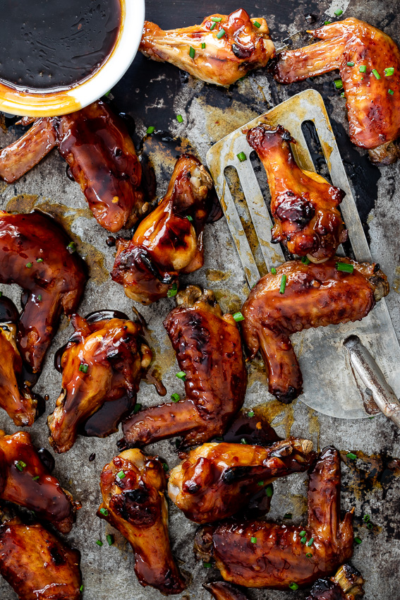 Baked apricot sticky chicken wings