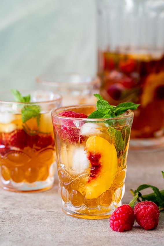 Easy homemade iced tea