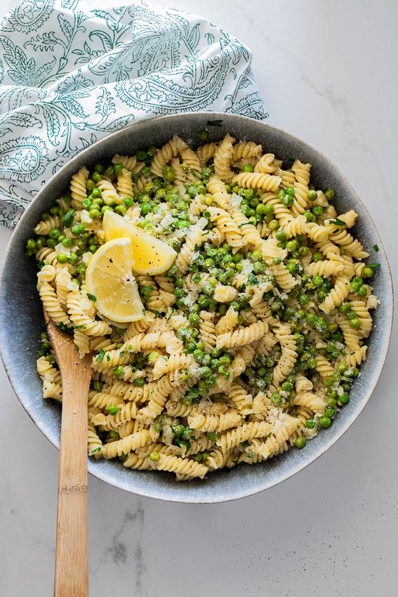 Spring pea lemon pasta
