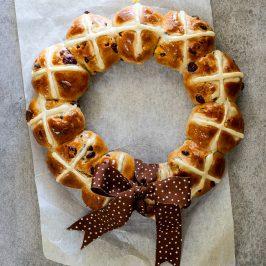 White chocolate cranberry hot cross bun wreath