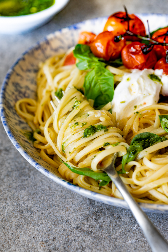 Roasted tomato pesto pasta.