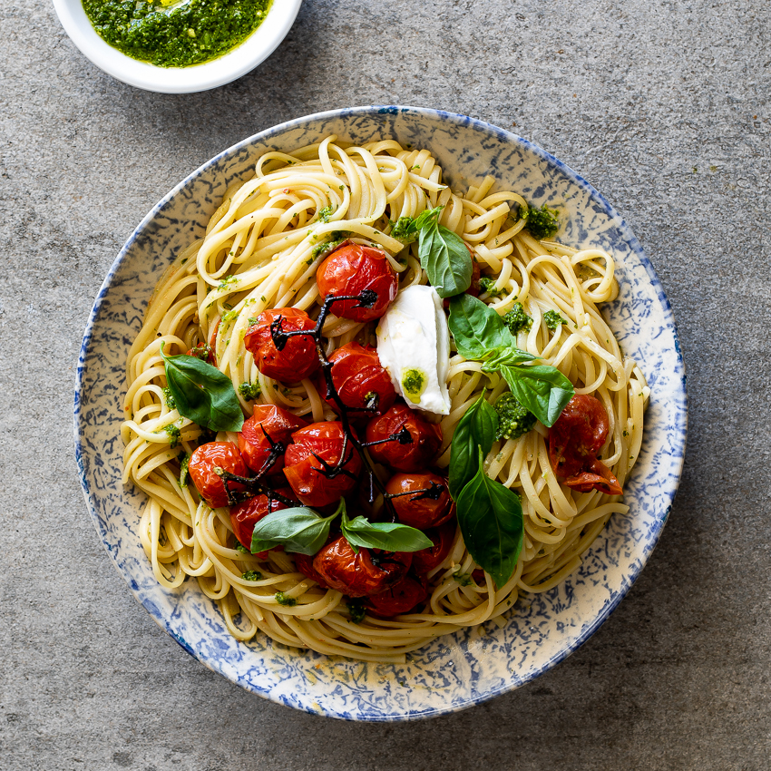 Roasted Tomato Pesto Pasta With Ricotta