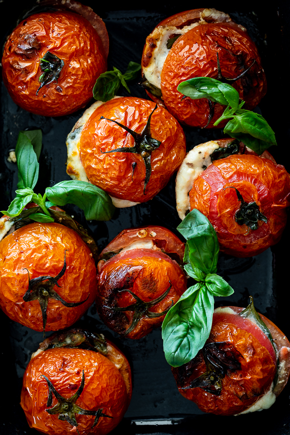 Roasted Caprese tomatoes (4)