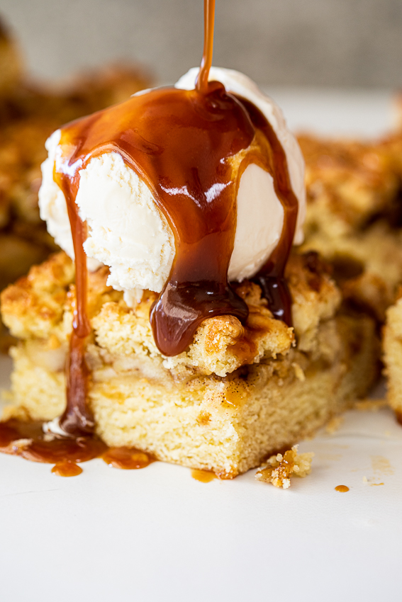 Apple crumble bars with salted caramel and vanilla ice cream.
