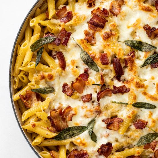 Creamy bacon pasta bake
