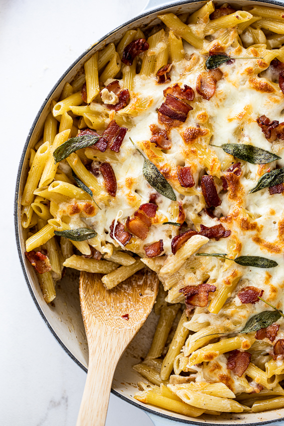 Creamy bacon pasta bake