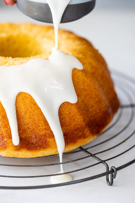 Sour cream lemon cake with lemon glaze