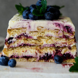 Easy blueberry lemon icebox cake