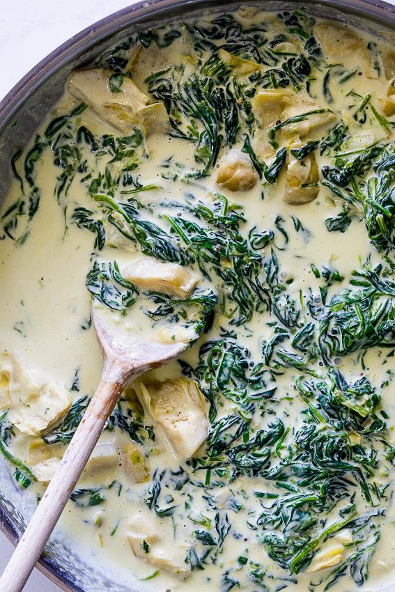 Creamy spinach artichoke sauce