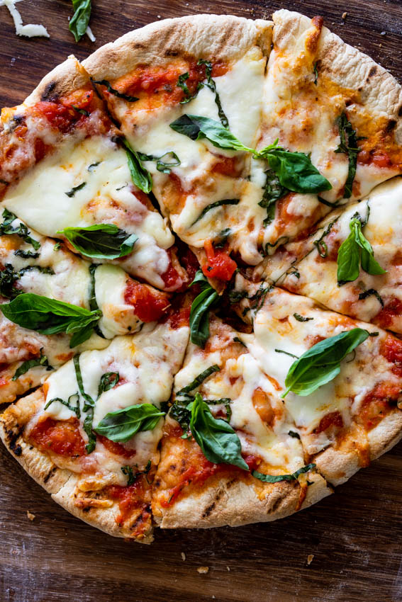 Pizza Margherita made on the grill.