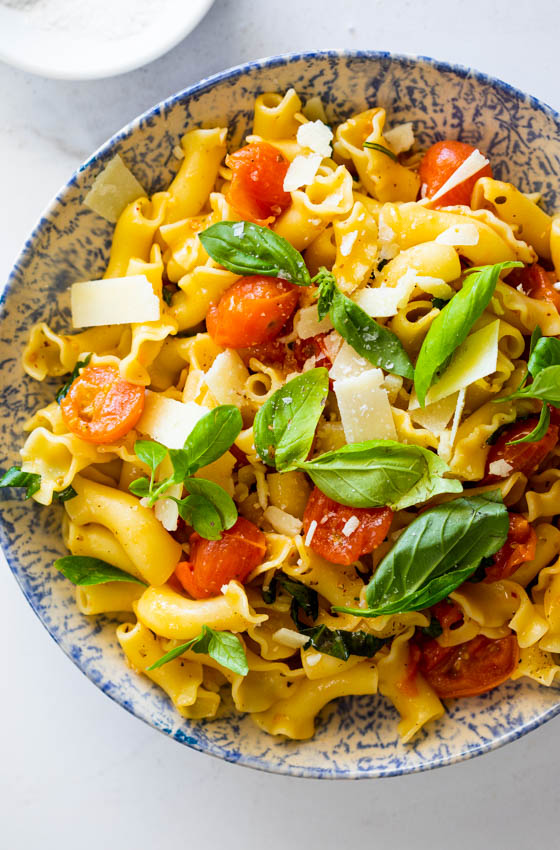 20 minute cherry tomato pasta