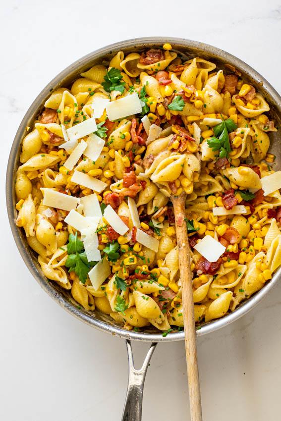 Creamy bacon corn pasta