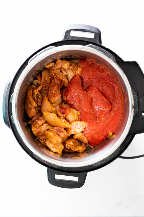 How to make butter chicken in an Instant Pot.